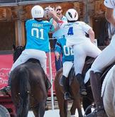 Compétition Match Equipe horse ball amateurs chevaux centre equestre de la dame blanche chaponost lyon rhone